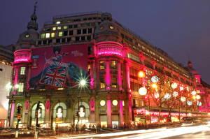 Cele mai strălucitoare oraşe de Crăciun