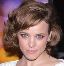 Cinci coafuri pentru părul ondulat