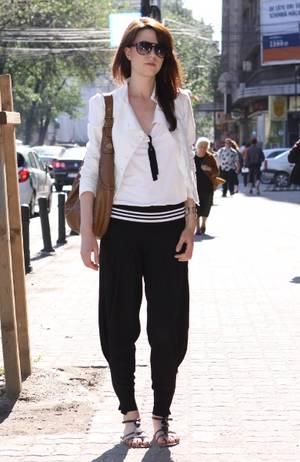 Street Fashion by Unica.ro - Ionela