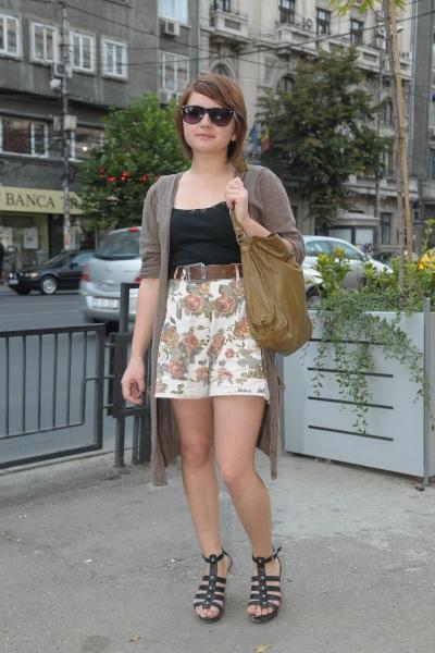 Street Fashion by Unica.ro - Andreea