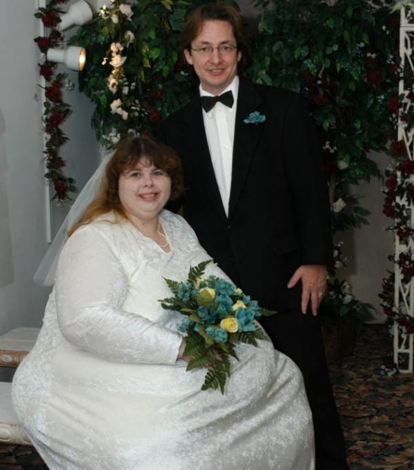 Are 330 de kilograme, dar soțul ei o consideră irezistibilă