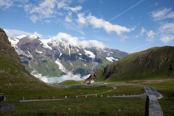 Foto: 9 drumuri fascinante din Europa pe care să le faci cu maşina