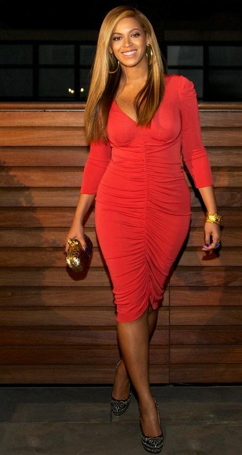 Beyonce, siluetă impecabilă la doar o lună după ce a născut