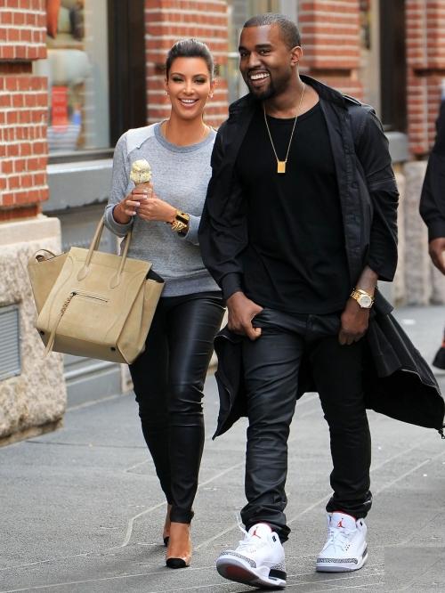 Foto: Kim Kardashian şi Kanye West, un cuplu super stilat!
