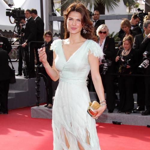 Cannes 2012: Monica Bârlădeanu, superbă pe covorul roşu!