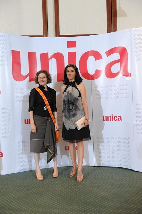 Licitaţia UnicArt: Vedetele s-au strâns să ajute tinerele mame ce au nevoie de sprijin financiar