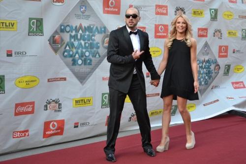Romanian Music Awards 2012: Vedetele pe covorul roşu. Foto!