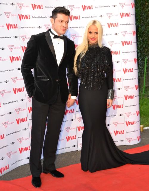 Foto: Alege cel mai stilat cuplu de celebrităţi de la petrecerea Viva!