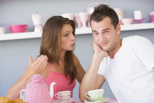 Relaţii: 5 semne că vrea să te părăsească