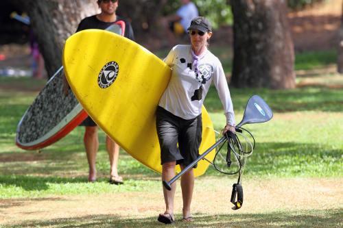 Helen Hunt, ţinută sport în Maui