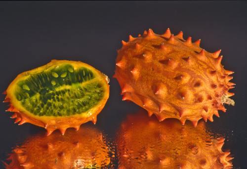 Inedit: 5 fructe exotice ciudate şi cum să le foloseşti