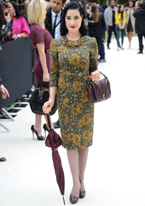 Dita Von Teese: Nu mă îmbrac la modă, am stilul meu