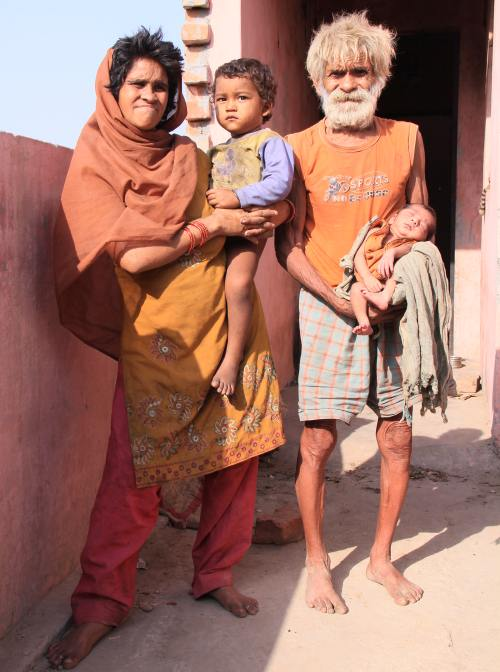 Şocant: Cel mai bătrân tată din lume. Are un nou fiu la 96 de ani!