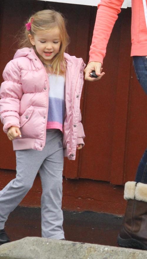 Familie de vis: Ben Affleck şi Jennifer Garner, fericiţi alături de cei 3 copii