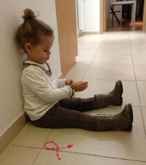 POZE INEDITE: Uite ce frumoasa era Antonia când era mică! Fiica îi seamănă perfect!
