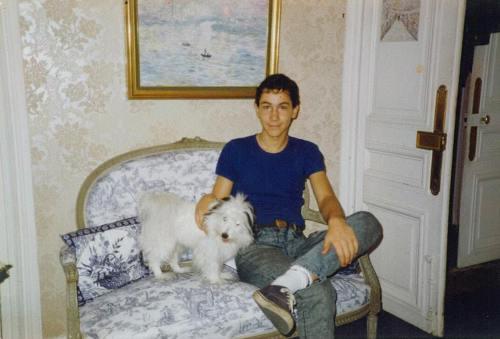 Poze de colecţie: Cum arăta Victor Ponta în tinereţe