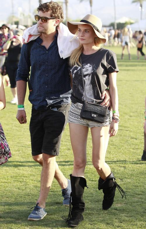 POZE INEDITE! Uite cum s-au îmbrăcat vedetele la festivalul Coachella!