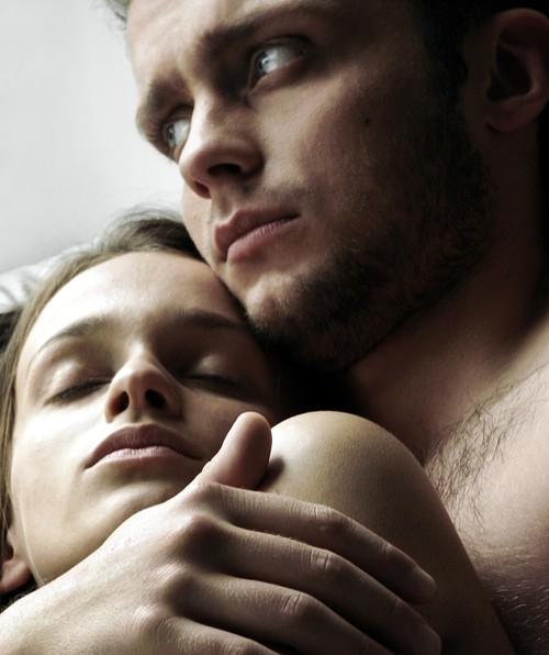 Dragoste şi sex: Ce faci dacă iubitul tău vrea mai puţin sex ca tine?