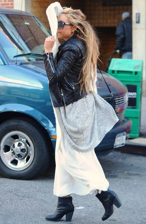 FOTO ŞOC: Amanda Bynes, pe urmele lui Lindsay Lohan? A ajuns un dezastru!