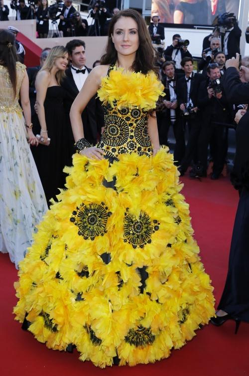 Vedete în rochii urâte pe covorul roşu la Cannes. Tu ce părere ai de aceste creaţii?