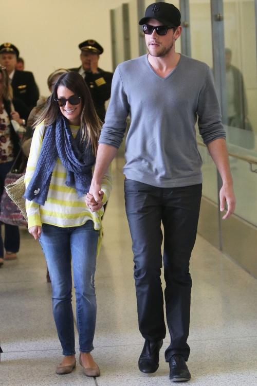 FOTO: Poveste de dragoste tragică! Lea Michele, devastată după moartea lui Cory Monteith, iubitul ei