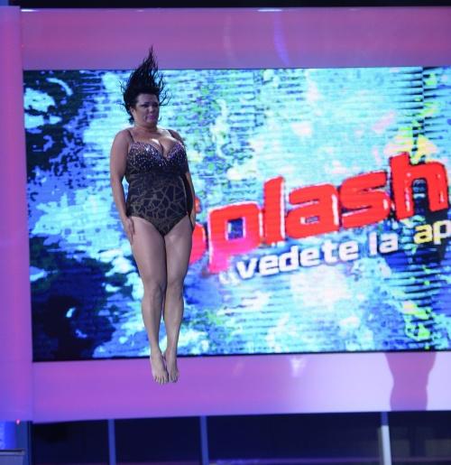 POZE: Ozana Barabancea, sexy în costum de baie. Cum a slăbit 45 de kilograme?