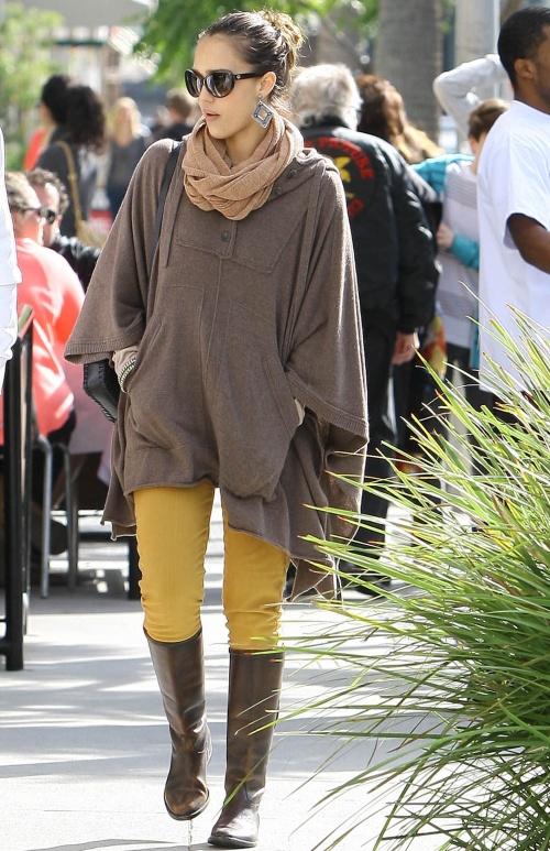 Pantalonii galben muştar, must have toamna asta