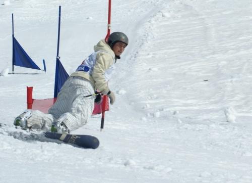 Află totul despre snowboarding de la cele mai tari fete de pe pârtie