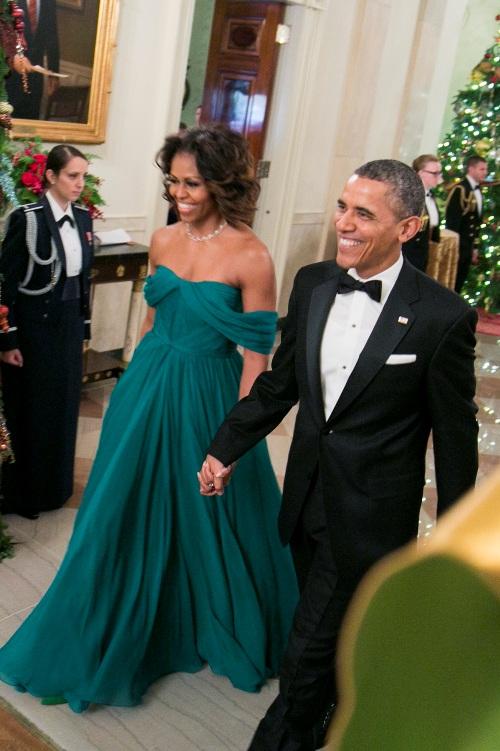 Michelle Obama, o primă doamnă cu stil. Vezi cu ce ţinute a făcut istorie!