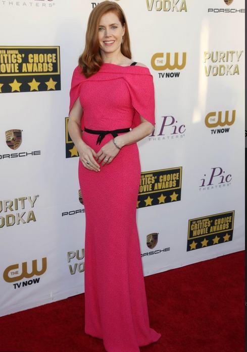 Vedete pe covorul roşu la Critic's Choice Awards