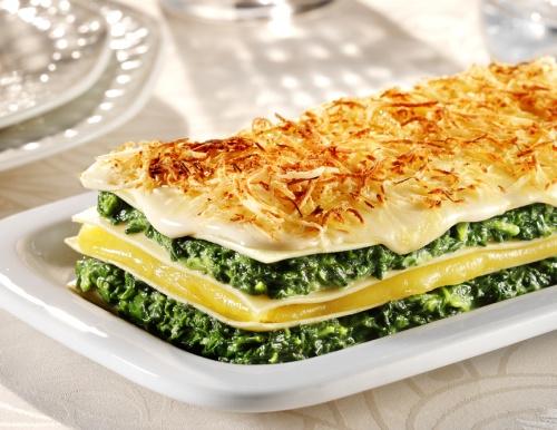 Reţete cu spanac pentru weekend. Prepară un meniu complet