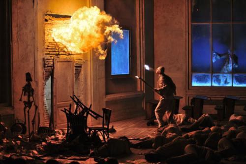 Casa Luxemburg va invita la teatru in Sibiu!