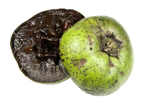 Cum arată fructul care are gust de budincă de ciocolată