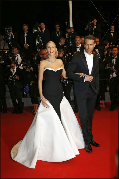 3 rochii frumoase pe care le-a purtat Blake Lively la Cannes - Foto