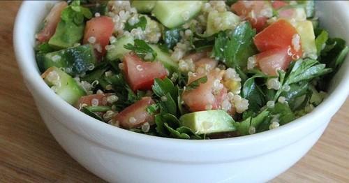 Salatele cu care Jennifer Aniston se menţine în formă. Sunt uşor de făcut!
