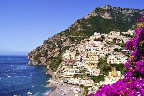 Destinaţii pentru cupluri. Top 5 locuri mai puţin cunoscute din Europa