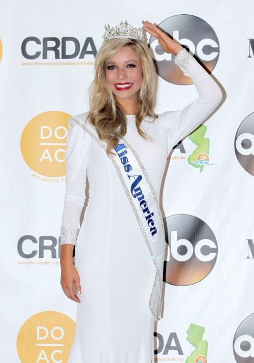 O rusoaică a devenit Miss America. De ce a stârnit controverse