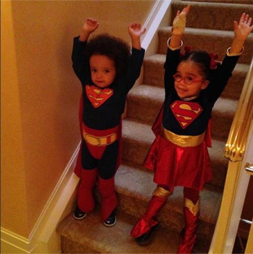 Cum s-au costumat copiii vedetelor de Halloween