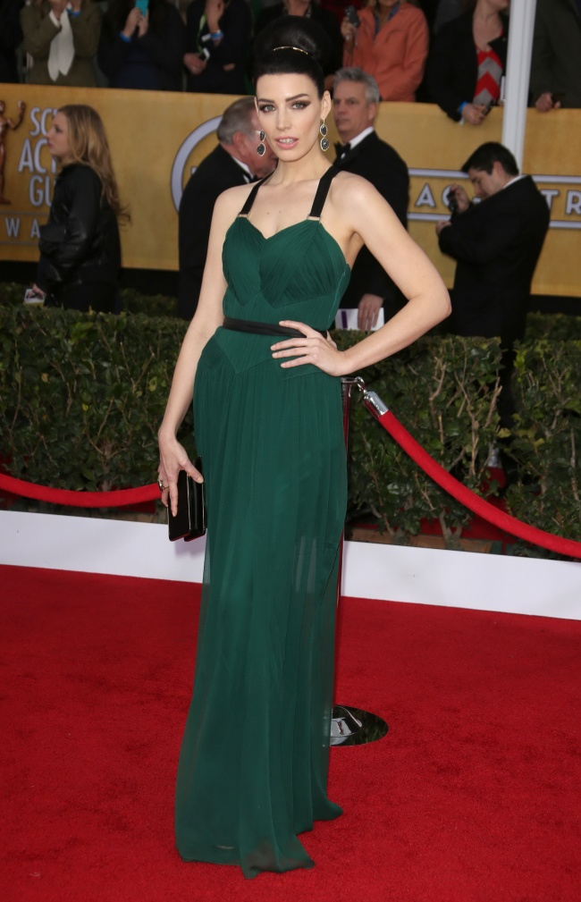 Jessica--pare-rochie-sera-verde