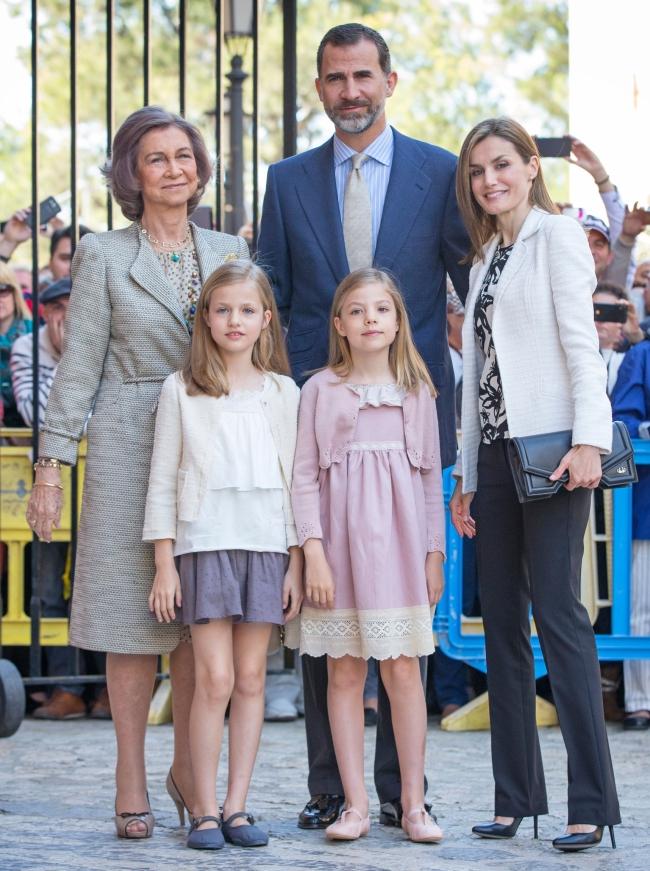 familie-regala-spania-paste-catolic