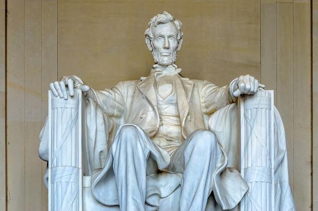 Câte monumente celebre recunoști?