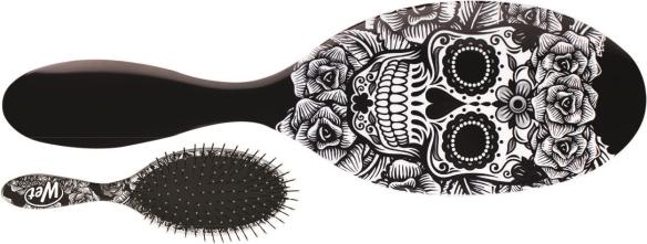 nou-wet-brush-sugar-skull