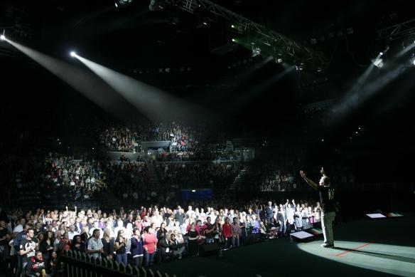 Cesar Millan in timpul unui show