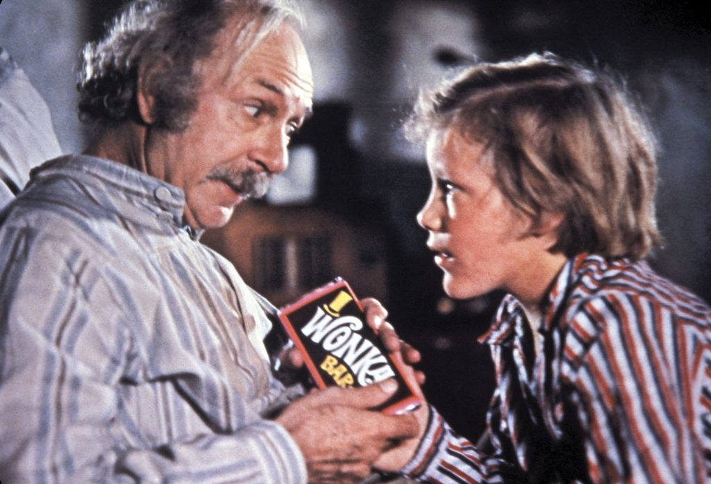 Willy-Wonka-And-The-Chocolate-Factory-1971-JACK-ALBERTSON-și-PETER-OSTRUM