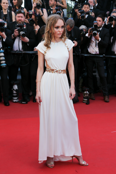 Cele mai frumoase rochii de la Cannes 2017 - Lily Rose Deep
