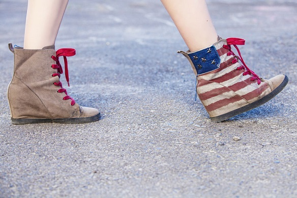 adidasi-cu-platforma-sneakersi-cu-platforma-america-steag.jpg