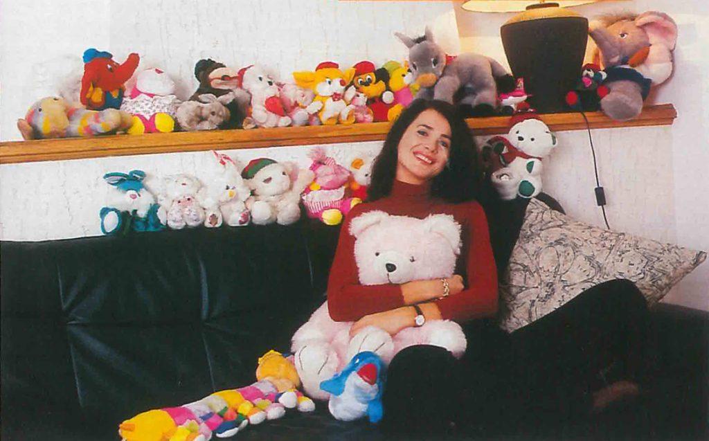 Madalina Manole si colectia de papusi - Unica decembrie 1998