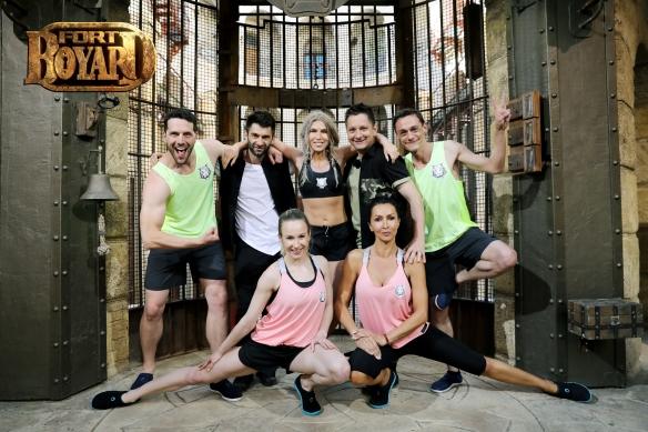 Mihaela Radulescu, Sandra Izbasa, Corina Bud, Adrian Nartea si Vlad Logigan fort boyard