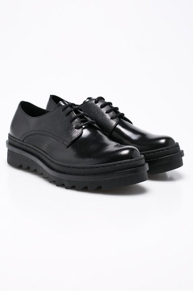 pantofi masculini