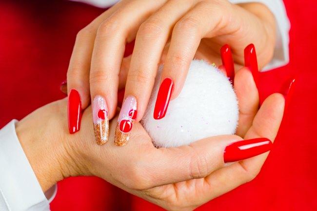Modele de unghii pentru Revelion